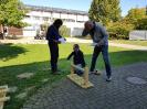 SAP-Mitarbeiter und viele Schüler basteln, ernten und pflanzen_3